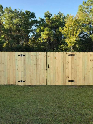 Fence Installation and Repairs